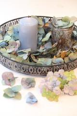 herbstliche Hortensiendekoration