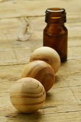 Wooden spheres Trä sfärer Sfera In legno Deodorante