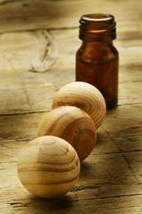 Wooden spheres Drewniane kule Holzkugeln Trä sfärer