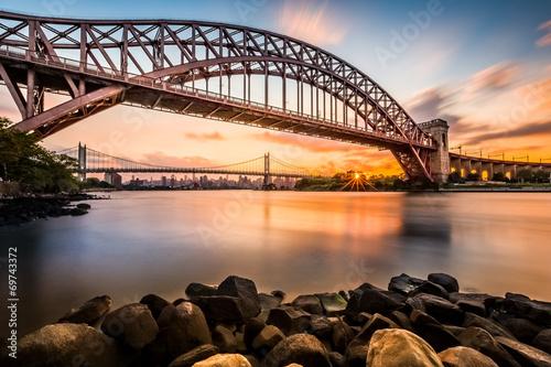 piekla-brama-i-triboro-most-przy-zmierzchem