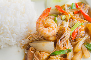 Stir fried pepper with shrimp