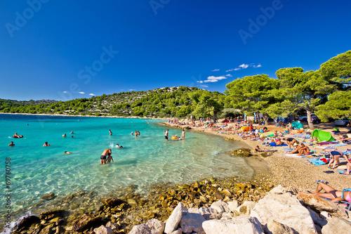 Crystal clear turquoise beach in Croatia - 69760758
