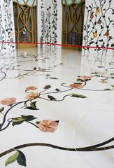 Мраморные полы Белой мечети Абу-Даби. ОАЭ.