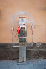 Telefono pubblico, cabina telefonica