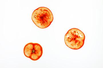 drei Tomatenscheiben