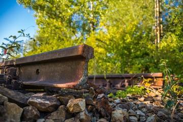 Gebrochene Schiene auf Gleistrasse
