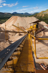 Distribution and Screening Plant Gravel