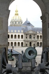 Cannon - les Invalides military museum