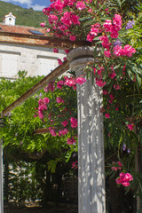 Pillar of flowers.