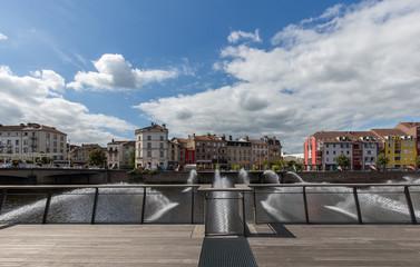 jets d'eau sur la Moselle