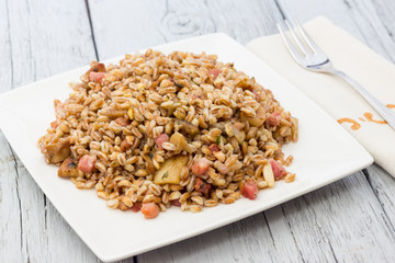 Spelt with mushrooms and bacon