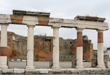 Columns Pompeii
