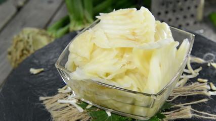 Celeriac Salad (not loopable)