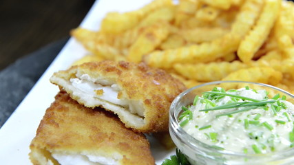 Fish with a portion of French Fries (loopable)