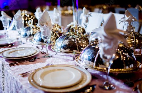 Leinwanddruck Bild Wedding table arrangement