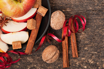 apple and spices
