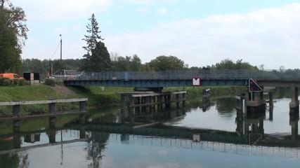 Pont tournant sur la Somme à Petit Port,Saigneville (80)