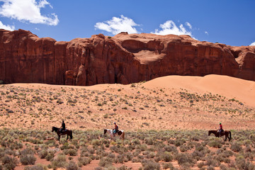 USA - horse riding in Monument valley
