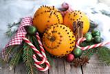Gespickte Orangen