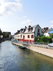 waterfront on rue d'Engoulvent in Amiens city