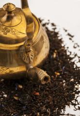 Herbata w orientalnym czajniku