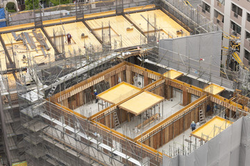 大型マンションの建設現場