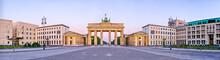 """Постер, картина, фотообои """"Brandenburg Gate in panoramic view, Berlin, Germany"""""""