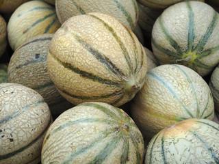 tas de melons
