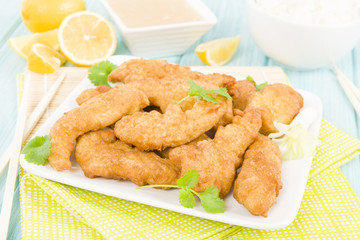 Lemon Chicken - Chinese battered chicken with sweet lemon sauce