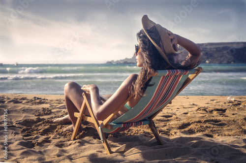 canvas print picture sunbathing at the seaside