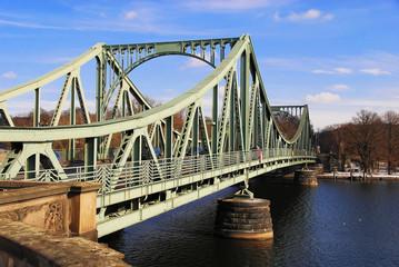 Glienicker Brücke in der Wintersonne