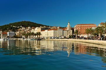 Scenic Split Waterfront