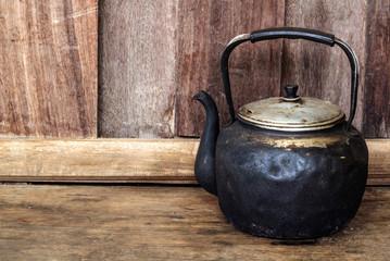 Old black kettle