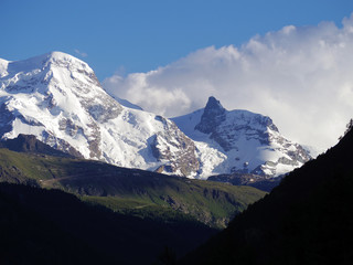 alps in switzerland