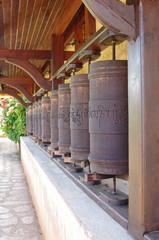 Moulins à prières tibétain