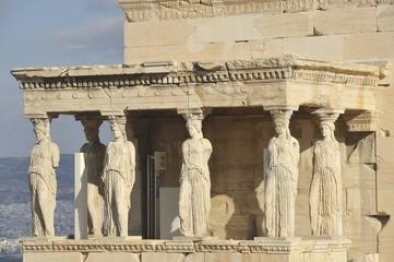 Athènes. Acropole,les cariatides