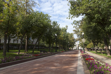 Moscow, Russia4. Sretensky Boulevard in the sunny day, autumn