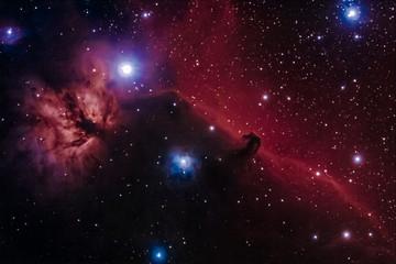 Barnard 33, the obscure horsehead nebulae