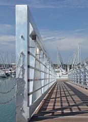 passerelle d'accès port de plaisance