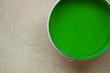 canvas print picture - Farbeimer mit grüner Farbe