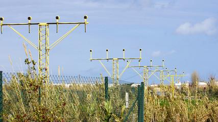 Señales luminicas para aproximación de aviones al aeropuerto