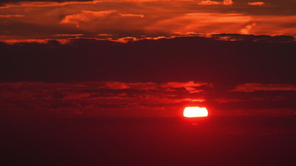 Bloody Red Sunset Close-Up - FullHD