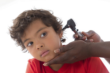 enfant visite medicale - othoscope