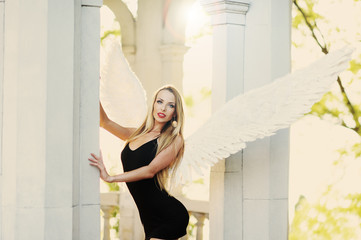 angel with wings