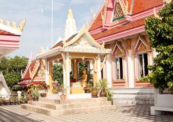 Buddhist temple (Koh Loi, Sri Racha, Thailand)