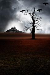 Kahler Baum vor Burg