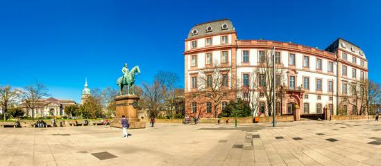 Darmstadt, Landesmuseum und Residenzschloss