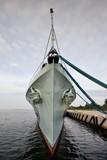Morze,  okręt wojenny w porcie