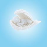 ange blanc endormi