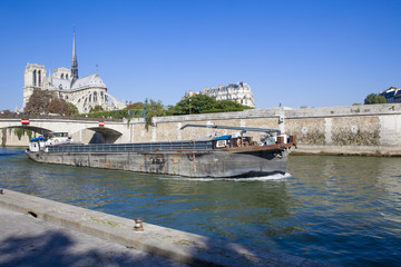 Péniche à Paris_3